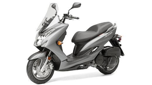 Beli Motor untuk Kebutuhan Ojek Online di Dealer Yamaha Jakarta Selatan